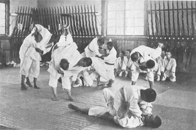 jujitsu_and_rifles_in_an_agricultural_school